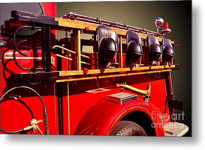 Memorial To Our Fallen Heroes Metal Print by Jim Carrell