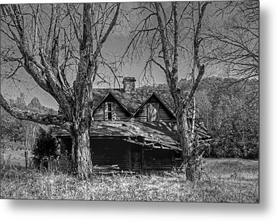 Memories Of Ages Past B W Metal Print by HH Photography of Florida