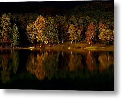 Midnight On The Lake Metal Print by Linda Unger