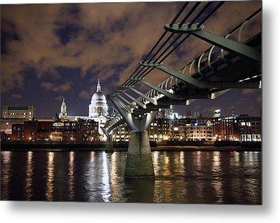 Millennium Bridge Metal Print by Stephen Norris