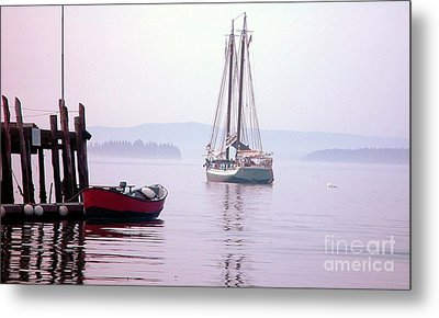 Metal Print featuring the photograph Morning At The Wharf by Christopher Mace