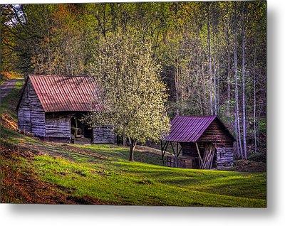 Mountain Barns In North Carolina Metal Print by Debra and Dave Vanderlaan