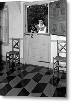 Mrs. Henry Tomlinson Curtiss And Her Dog Metal Print