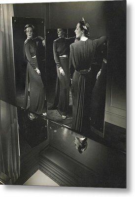 Muriel Maxwell In A Dress By Rose Amado Metal Print