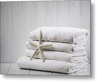 New White Towels Metal Print