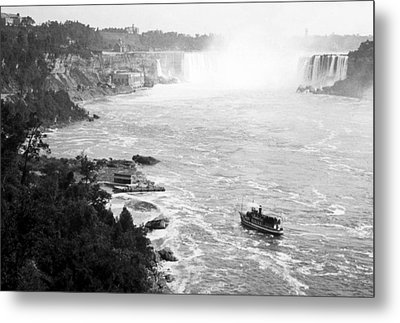 Metal Print featuring the photograph Niagara Falls With Sightseeing Boat 1904 Vintage Photograph by A Gurmankin