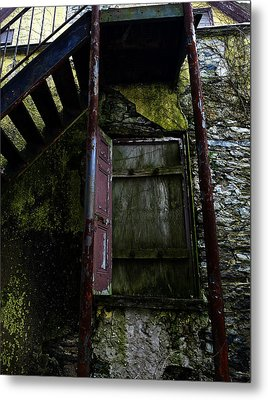 No Entry Metal Print by Richard Reeve