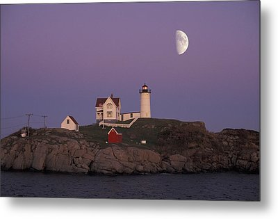 Nubble Light Metal Print by Christian Heeb