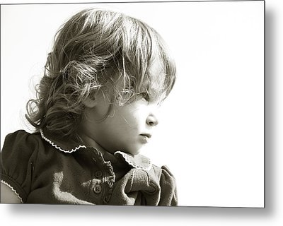 Metal Print featuring the photograph Observations Of A Child by Charles Beeler