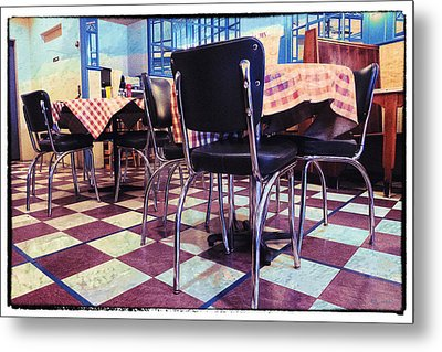 Old Fashion Grill Metal Print by Susan Stone