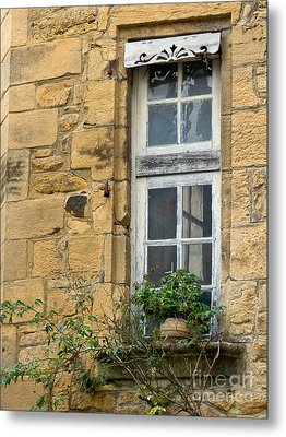 Metal Print featuring the photograph Old Window In France by Paul Topp