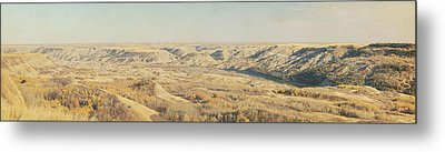 Panoramic Of The Badlands Of The Red Metal Print by Roberta Murray