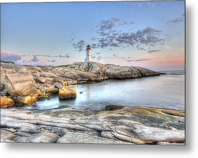Metal Print featuring the photograph Peggy's Cove Lighthouse by Shawn Everhart