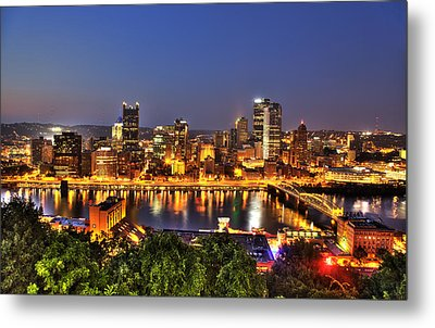 Pittsburgh Skyline At Night Metal Print by Shawn Everhart