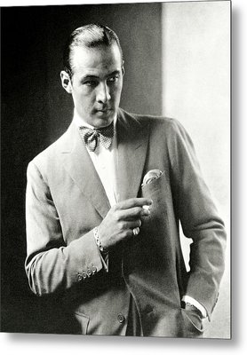 Portrait Of Actor Rudolph Valentino Metal Print