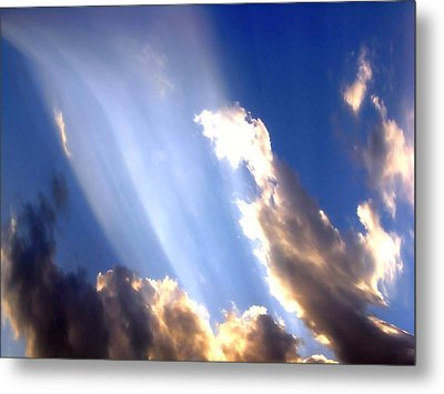 Rays Of Light Metal Print by Jose Lopez