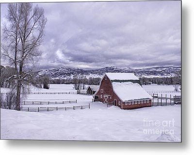 Red Barn At Lamb Ranch Metal Print