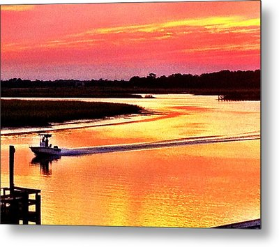 Red Sun On The Water Metal Print by Will Burlingham