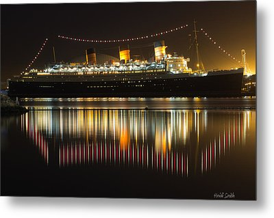 Reflections Of Queen Mary Metal Print by Heidi Smith
