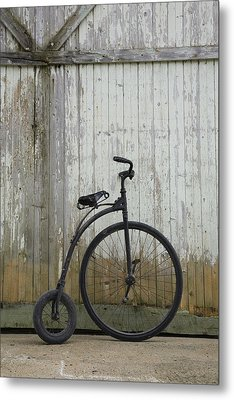 Replica Of An Old Penny-farthing Metal Print by Perry Mastrovito