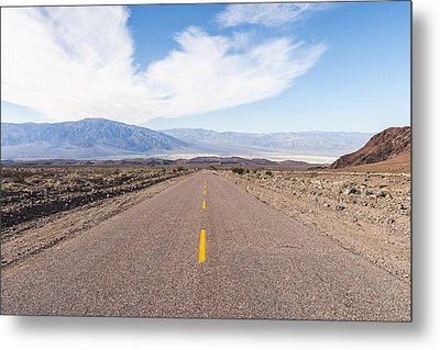 Road To Death Valley Metal Print