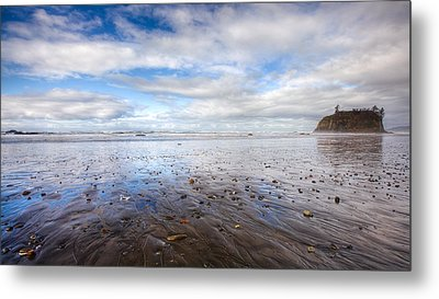 Ruby Beach Metal Print by Anthony J Wright