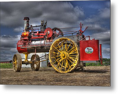 Russell Steam Metal Print by Shelly Gunderson