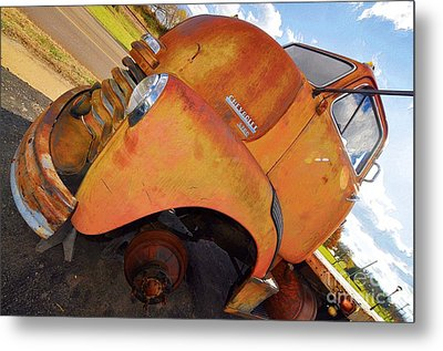 Rusted Out Chevrolet 5700 Metal Print by Liane Wright