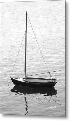 Sail Boat In Maine Metal Print by Mike McGlothlen