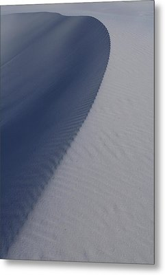 Sand Dunes At White Sands National Monument Metal Print by Jetson Nguyen