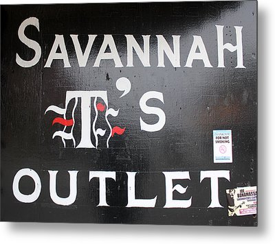 Savannah T's Outlet Metal Print by Joseph C Hinson Photography