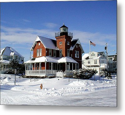 Sea Girt Lighthouse In The Snow Metal Print by Melinda Saminski