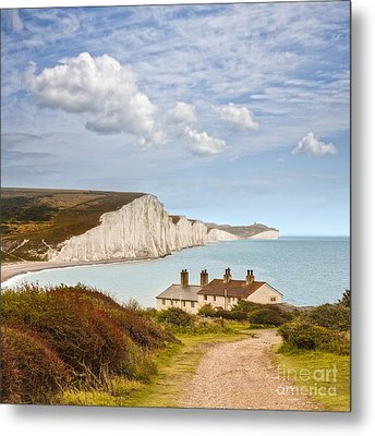 Seven Sisters Cuckmere Haven South Downs Sussex Metal Print by Colin and Linda McKie