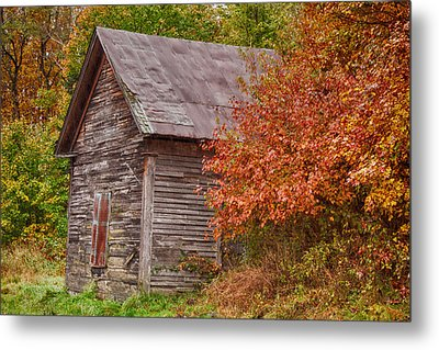 Small Wooden Shack In The Autumn Colors Metal Print by Jeff Folger