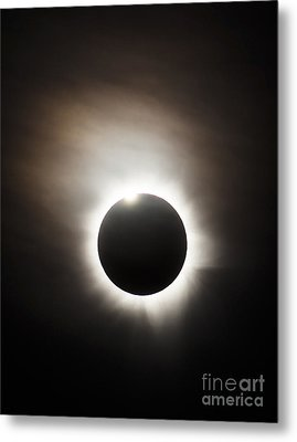 Solar Eclipse With Diamond Ring Effect Metal Print by Philip Hart