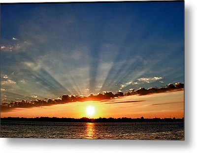 Sunrise On The Bay Front Metal Print by Kathy Ponce