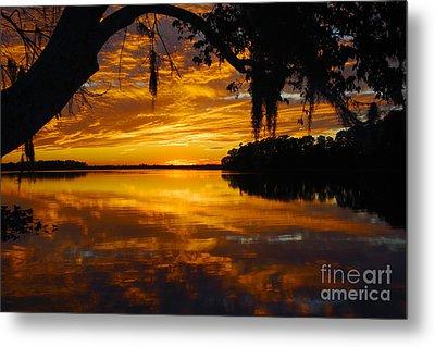Sunset At The Lake Metal Print by Rick Mann