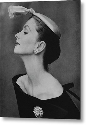 Suzy Parker In An Off-the-shoulder Dress Metal Print