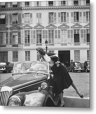 Suzy Parker Outside The French Vogue Office Metal Print by Jacques Boucher