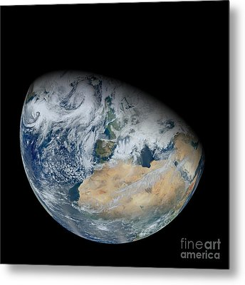 Synthesized View Of Earth Showing North Metal Print by Stocktrek Images