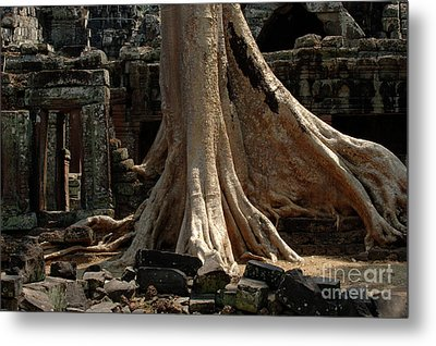 Ta Prohm Cambodia Metal Print by Bob Christopher