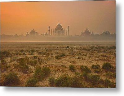Taj Mahal At Dusk Metal Print