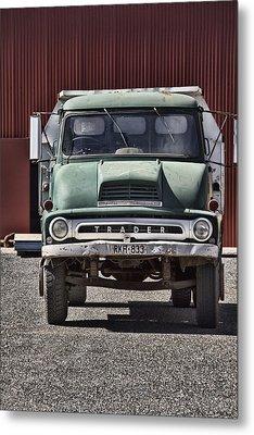 Thames Trader Vintage Truck Metal Print by Douglas Barnard