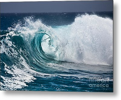 The Beautiful Wave Metal Print by Boon Mee