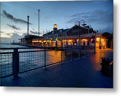The Kemah Boardwalk Metal Print by Linda Unger