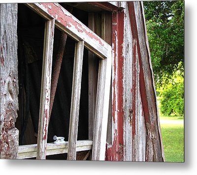 Metal Print featuring the photograph The Old Barn by Beth Vincent