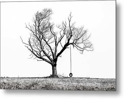 The Playmate - Old Tree And Tire Swing On An Open Field Metal Print by Gary Heller