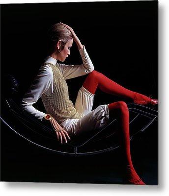 Twiggy Sitting On A Modern Chair Metal Print by Bert Stern