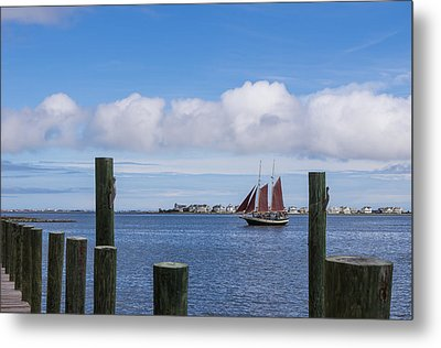 Metal Print featuring the photograph Under Sail by Gregg Southard