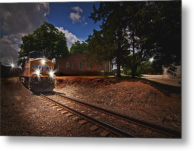 Union Pacific 7917 Train Metal Print by Linda Unger
